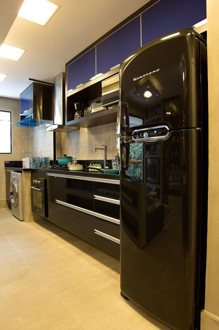 Cozinha azul: utilize o tom apenas nos armários suspensos