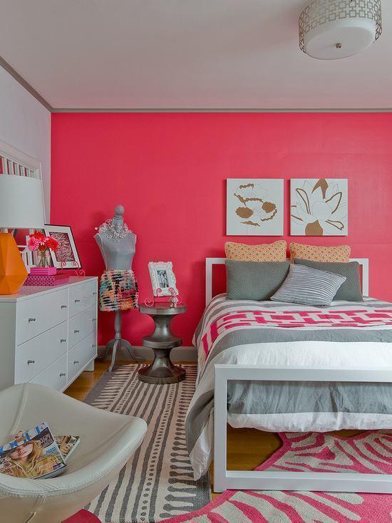 Utilize uma cor forte e vibrante apenas em uma parede