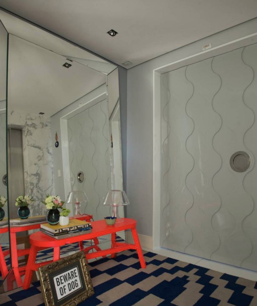 Se o seu estilo for jovial opte por cores e formas geométricas na decoração