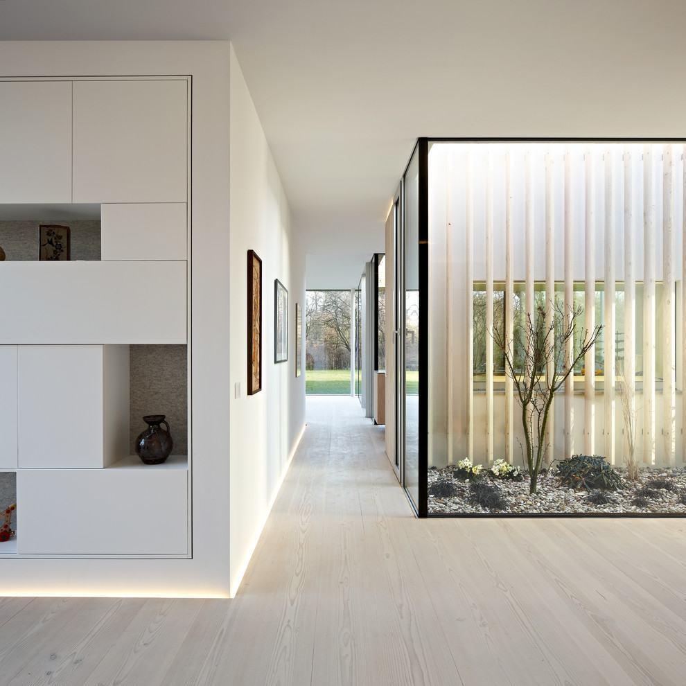 Jardim de inverno que separa o ambiente das salas