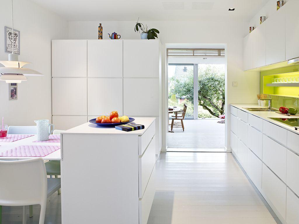 Imagem 29 – A circulação da cozinha deu lugar a passagem para  #A5A823 1024 768