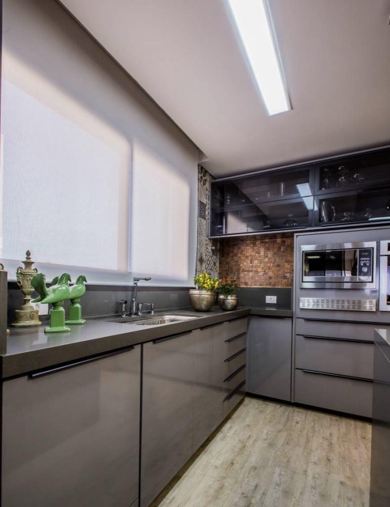 Cozinha Cinza 60+ Modelos, Projetos & Fotos Lindas! # Armario De Cozinha Ferreira Costa