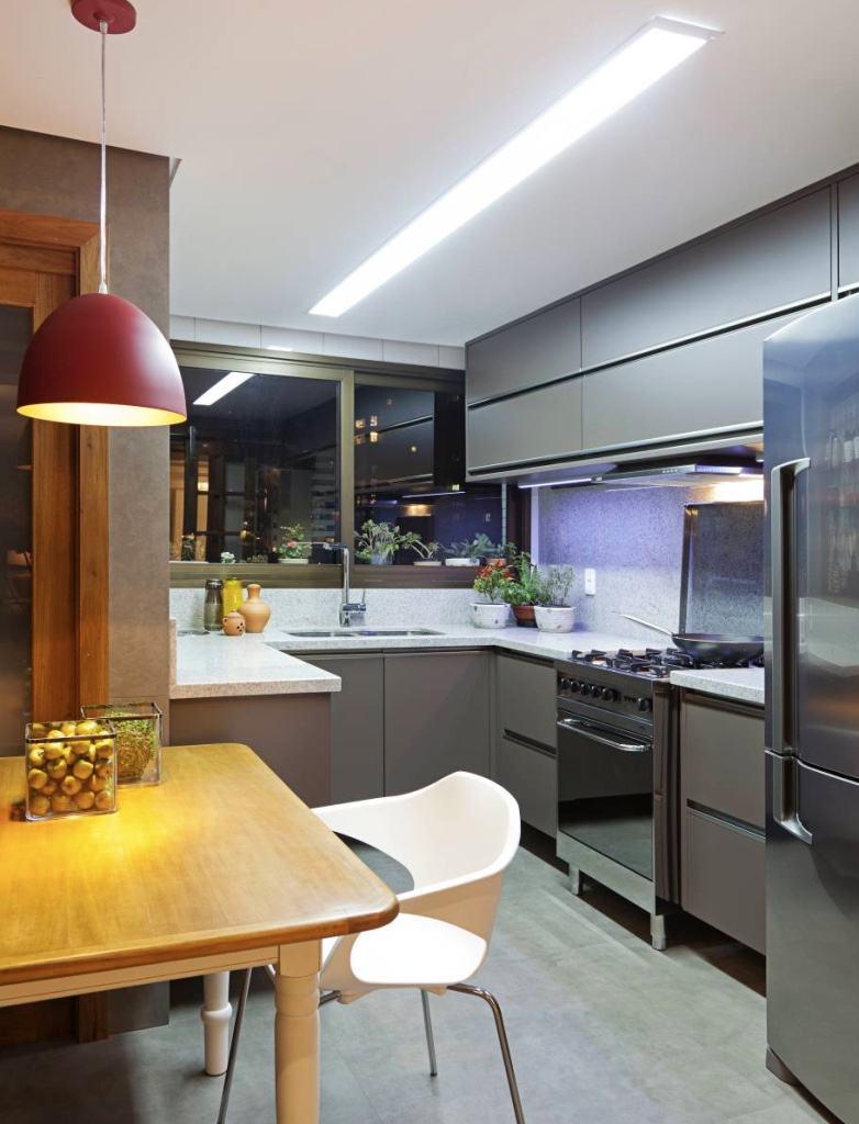 Armario De Cozinha Cinza Beyato Com V Rios Desenhos Sobre  ~ Cozinha Cinza Com Vermelho