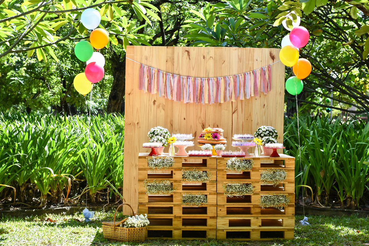 Imagem 31 – Eles são ótimos para decorar sua festinha! #416818 1200x800