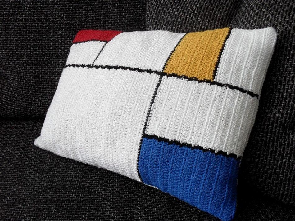 almofada-de-croche-com-desenho-11