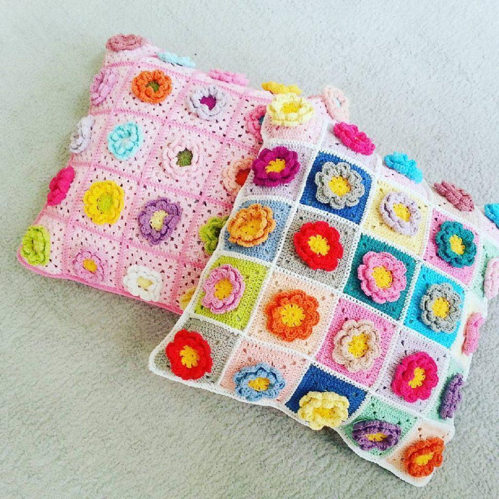 almofada-de-croche-com-flores-6