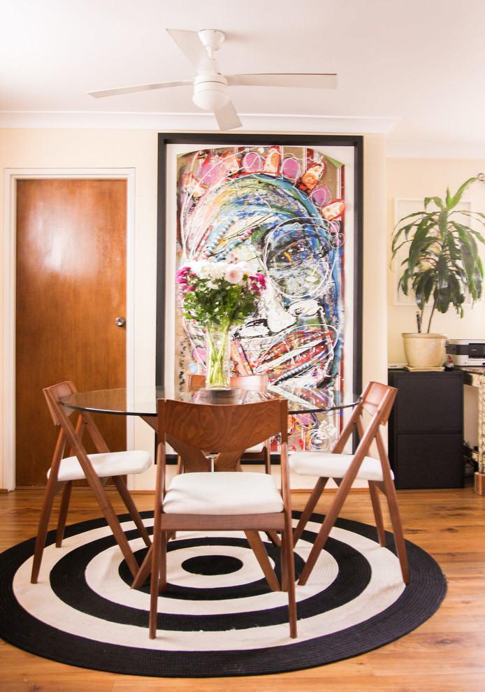 Tapete Rustico Para Sala De Jantar ~ Imagem 20 – Sala de jantar em concreto aparente com tapete verde