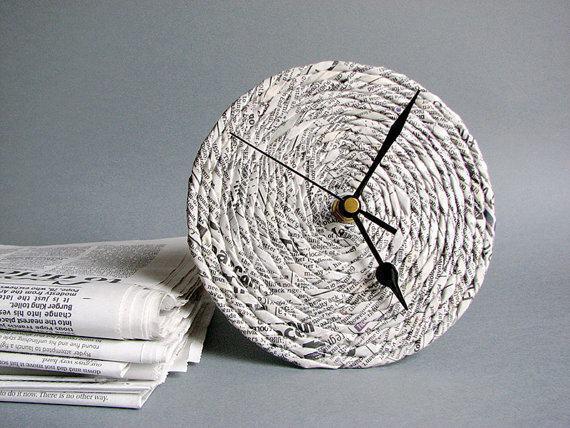 Solução simples: um pequeno relógio feito com jornal