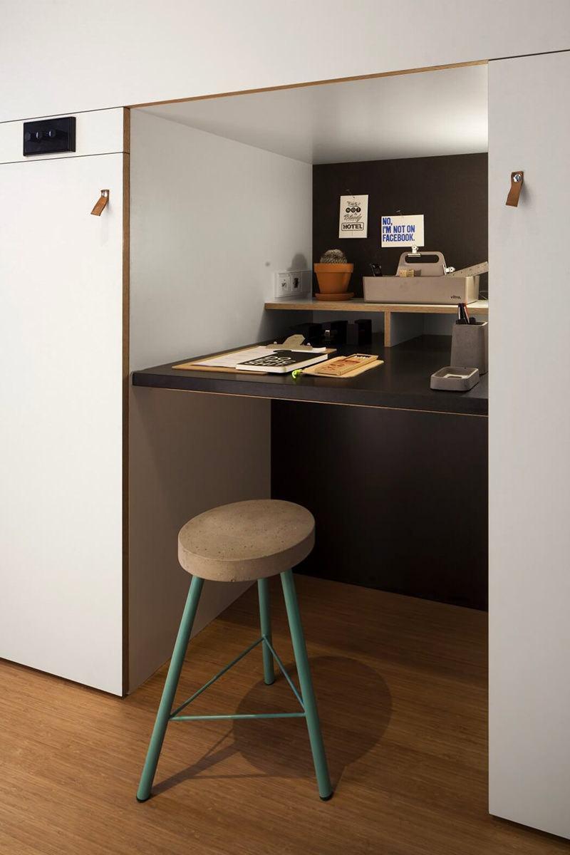 Imagem 6 U2013 A Bancada De Vidro Transparente Leva A Sensação De Amplitude E  Também Cria Um Ar Moderno No Office