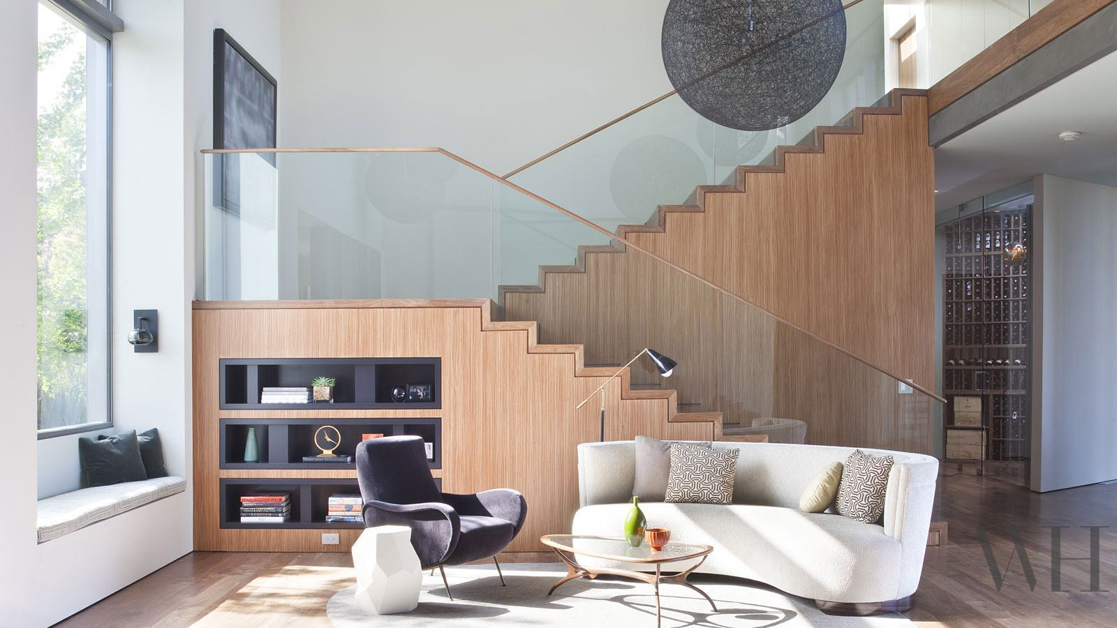 Sala Com Escada 60 Ideias E Refer Ncias Incr Veis  -> Acabamento Sala Pequena