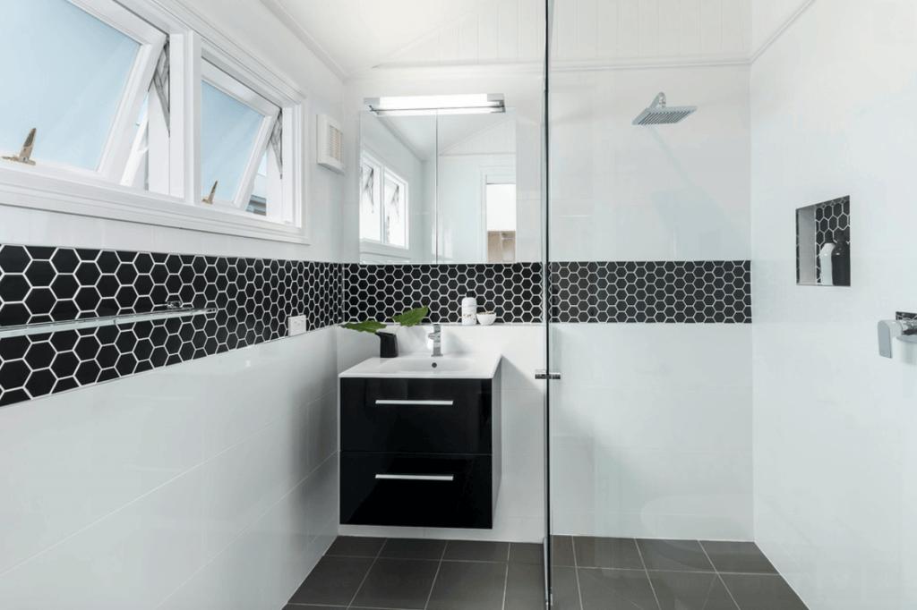 Banheiros Planejados 60+ Modelos e Fotos Incríveis! -> Banheiros Modernos Na Cor Preta