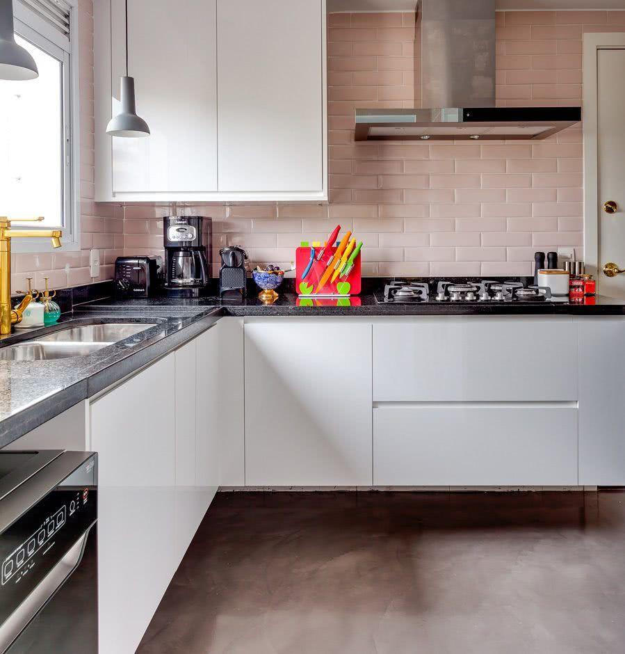 Revestimento rosa para a cozinha