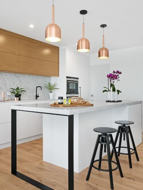 O mármore leva elegância para a cozinha