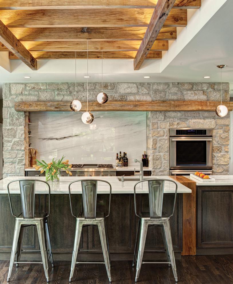 Combinação de pedras na cozinha rústica