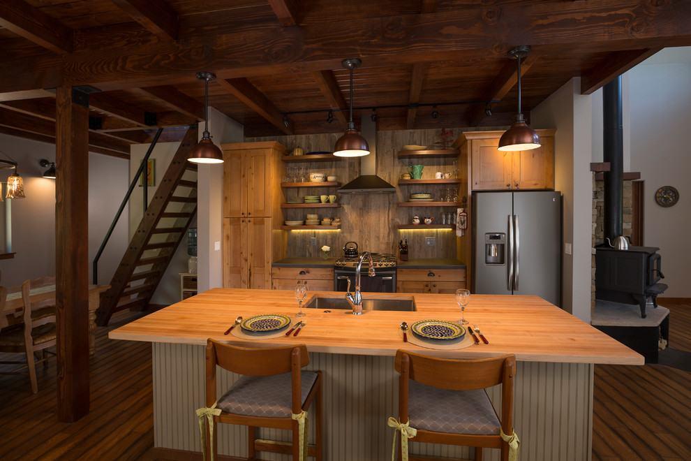 Cozinha rústica com iluminação mais escura