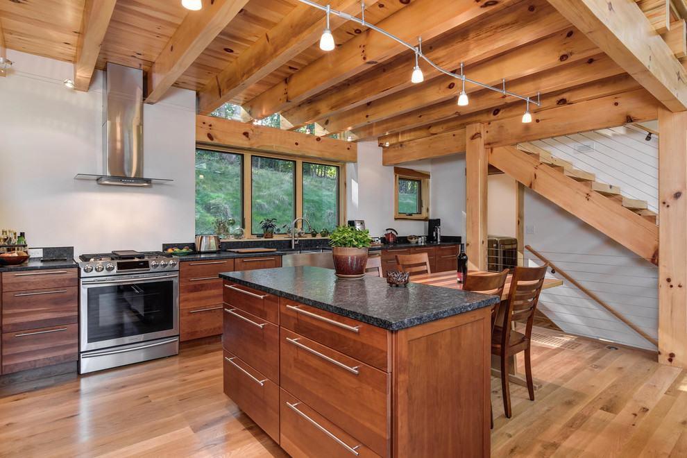 Cozinha americana rústica com ilha