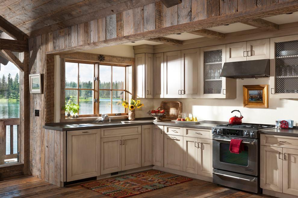 Lake House Kitchen Decorating Ideas
