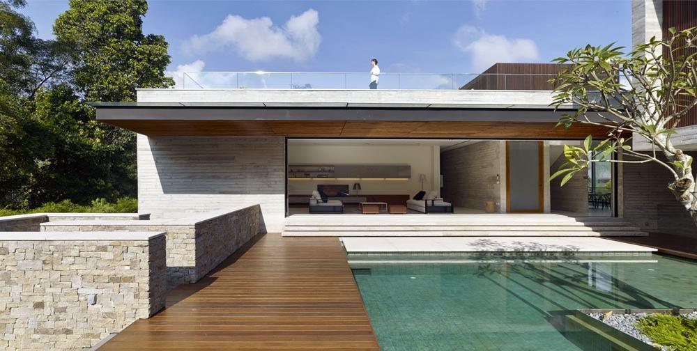 A área externa deve refletir o estilo interno e a arquitetura da residência