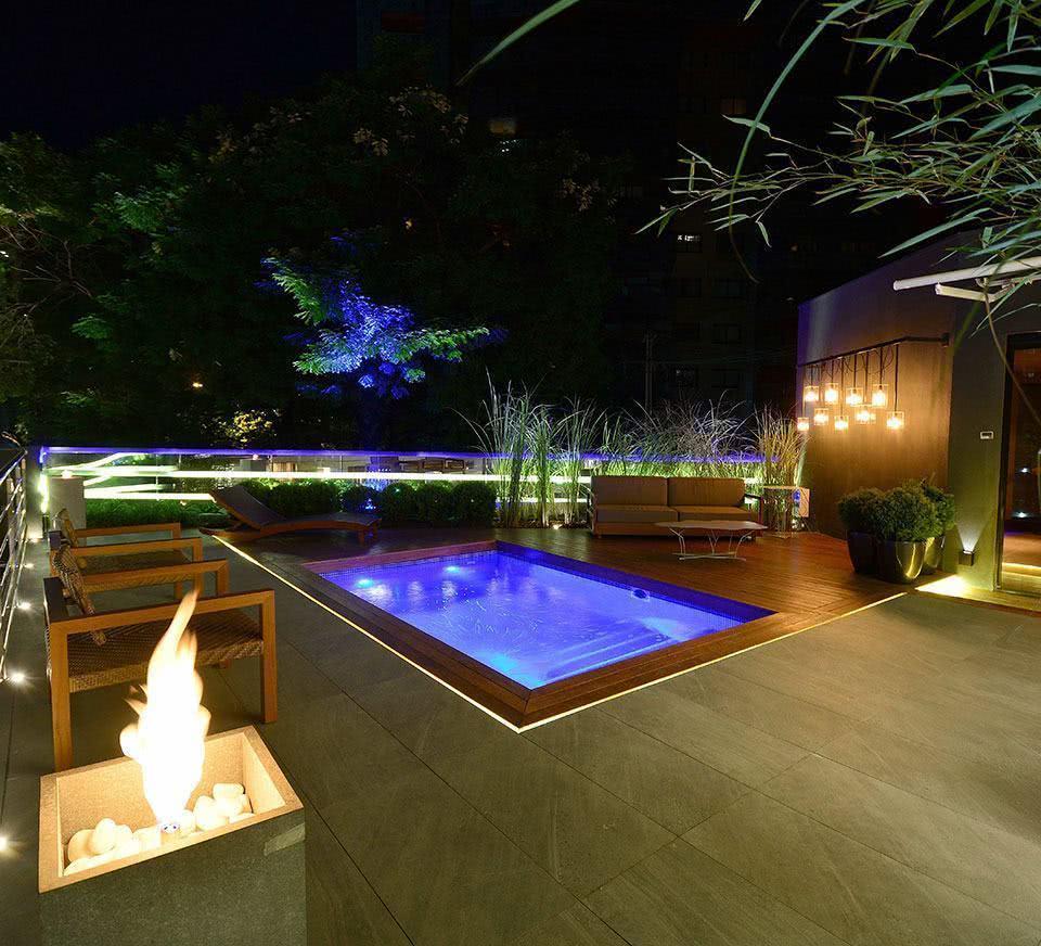Piscina com deck 60 modelos e fotos lindas for Imagenes de albercas modernas