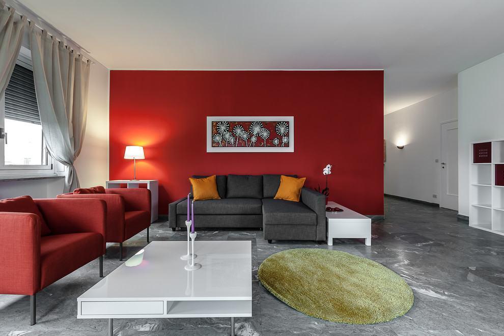 Sala De Estar Roxa E Cinza ~ Imagem 9 – Linda sala de estar com sofá cinza e quadros