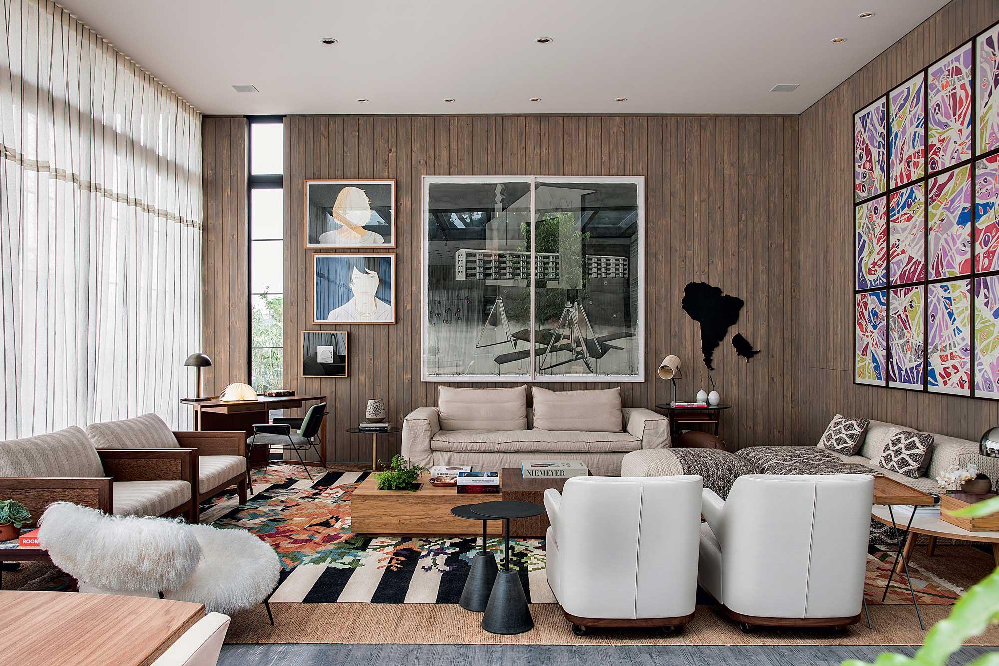 Opte por cortinas que favoreçam a iluminação natural com tecidos mais leves como o voil