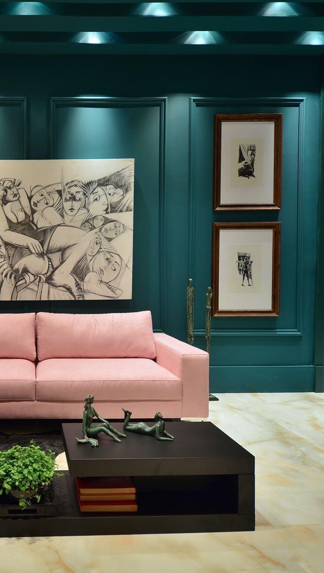 As paredes podem ajudar na hora da decoração, criando pontos focais ou complementares aos itens da sala