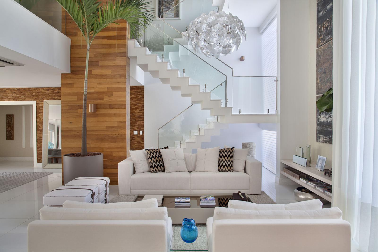 Salas de luxo 60 ideias e fotos inspiradoras for Salas en l modernas