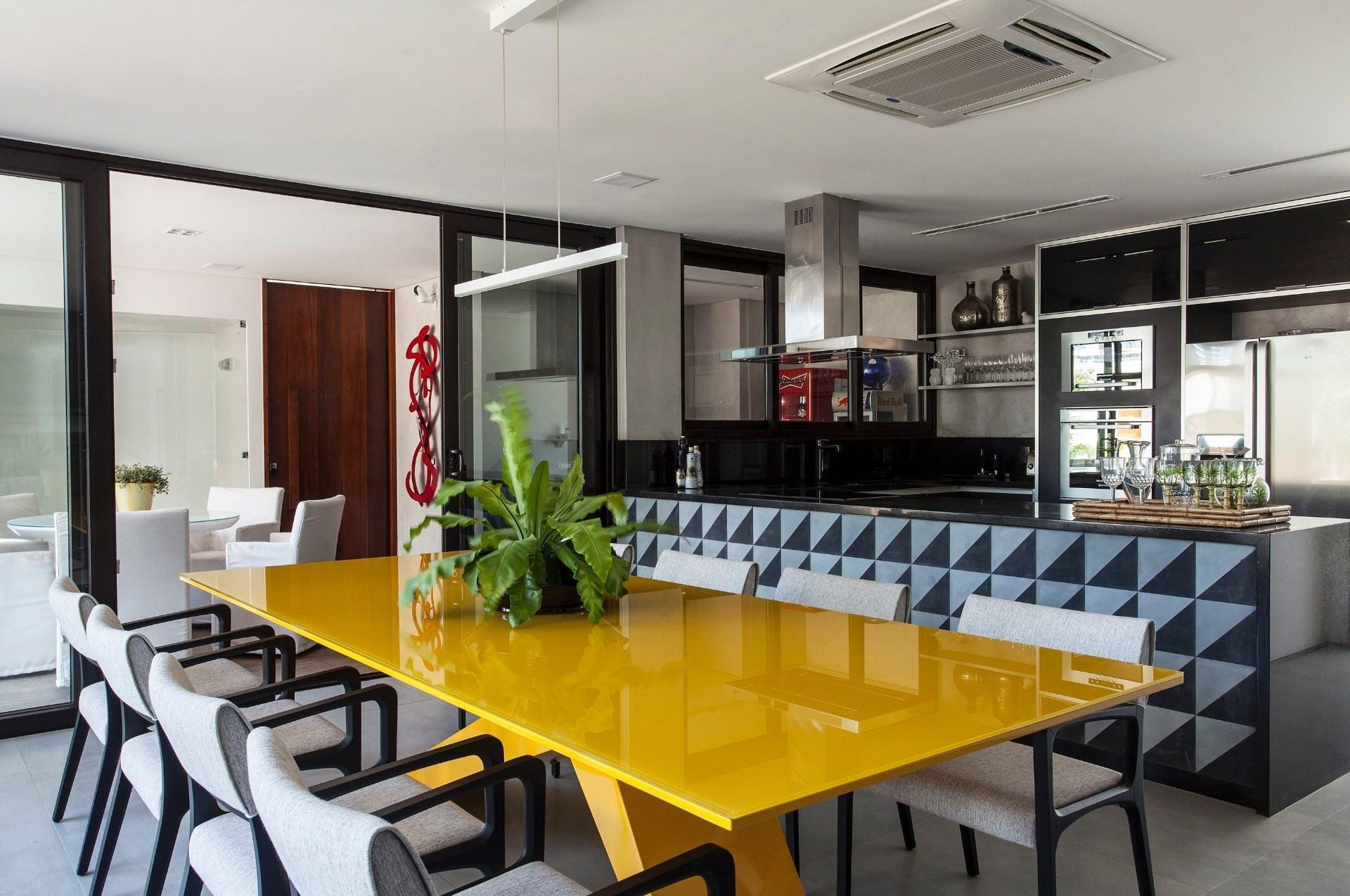 Mesas De Jantar Modernas 60 Projetos Dicas E Fotos  -> Sala De Jantar Pequena Com Mesa De Marmore