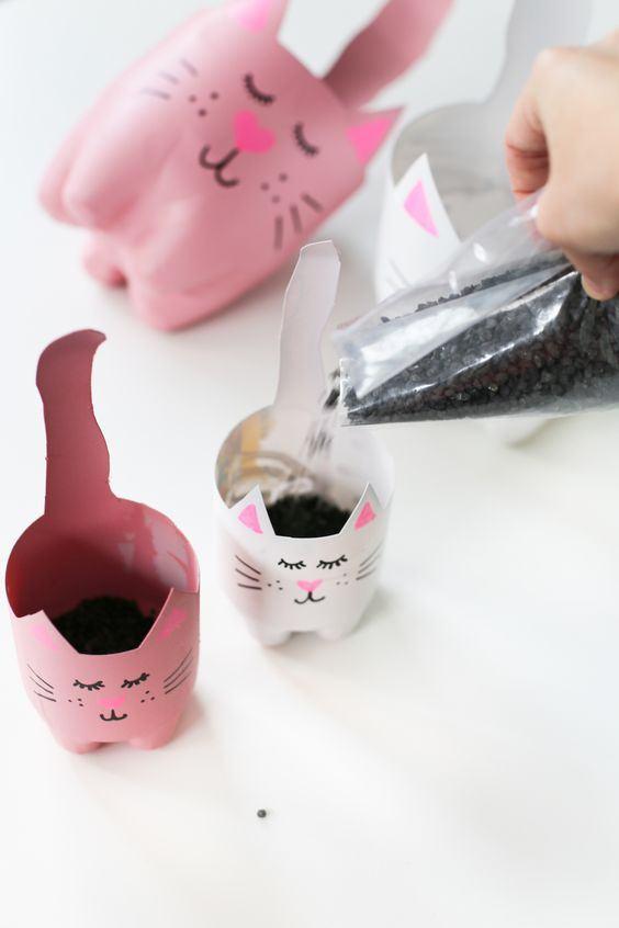 Artesanato com garrafa PET: Vasos criativos com garrafa PET
