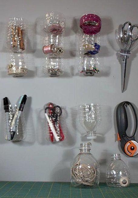 Pequenos potes para guardar utensílios de artesanato