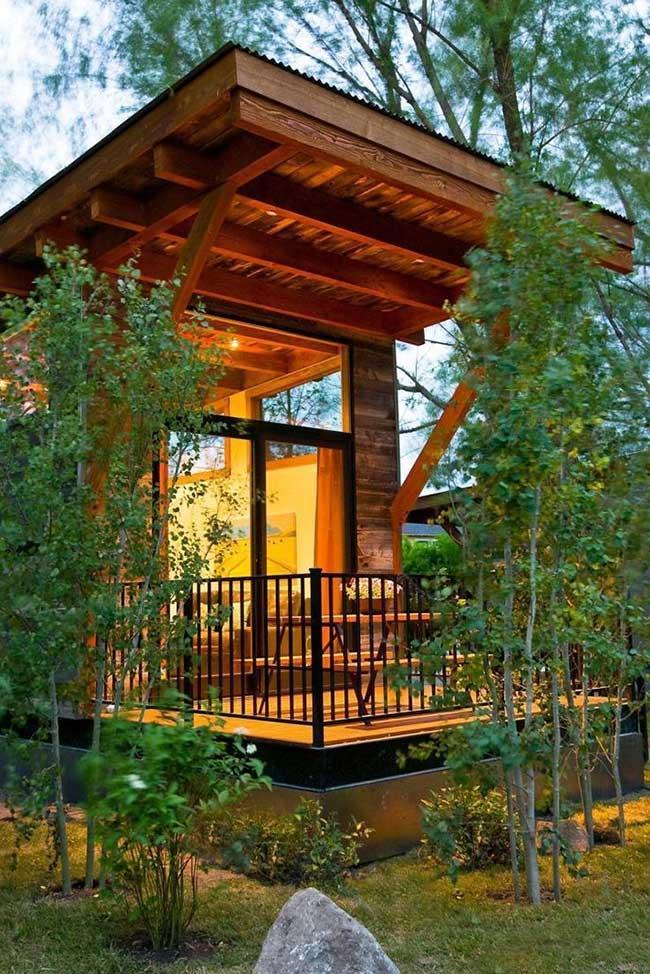 Casa com estrutura aparente