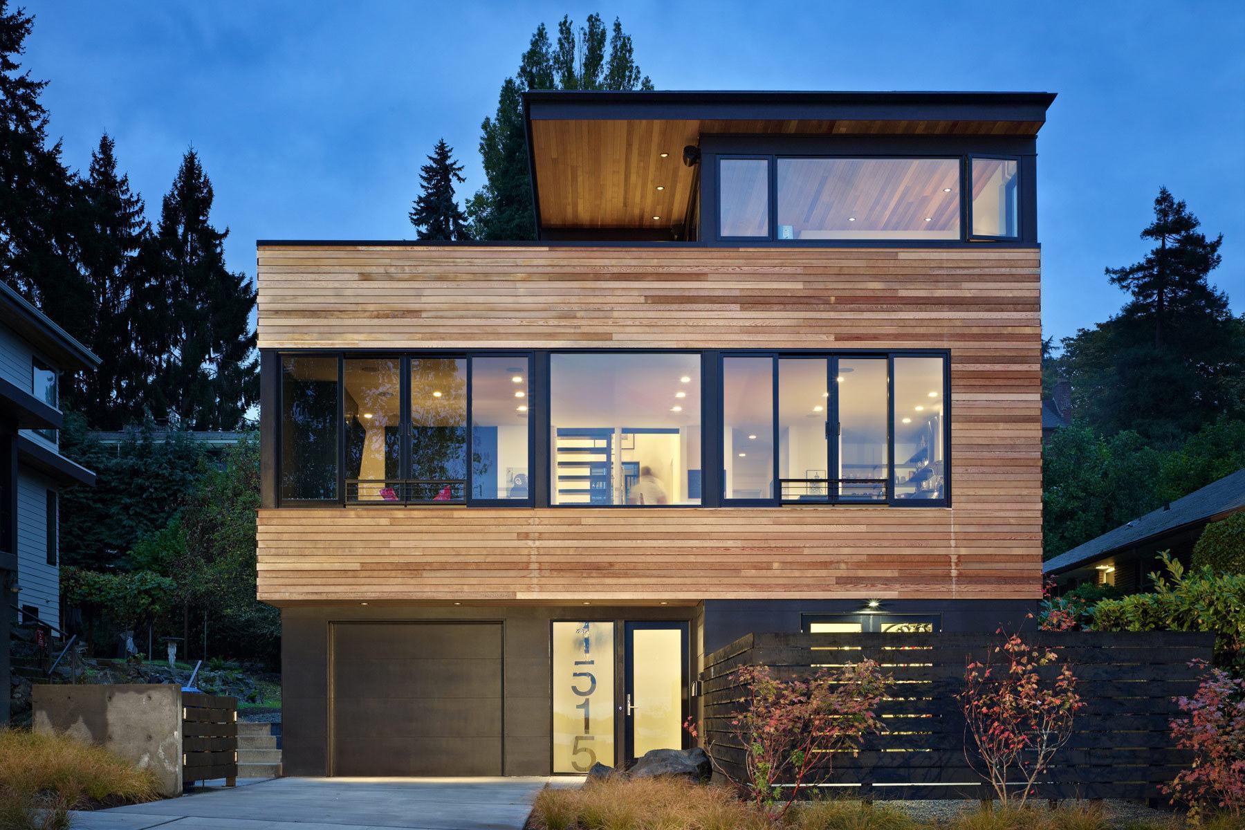 Casa de madeira com frisos