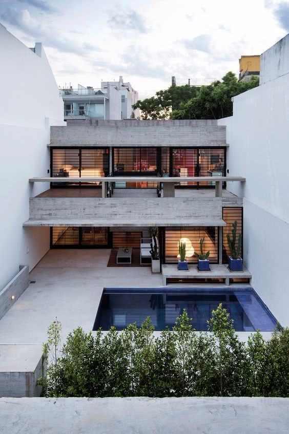 Casa em concreto aparente.