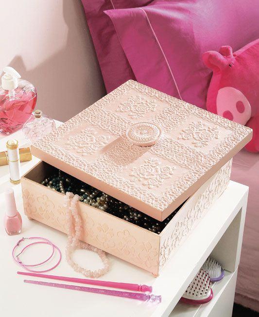 Caixa delicada para guardar bijuterias