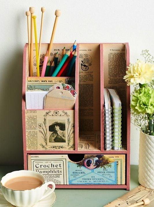 Porta objetos, livros, recados e cadernos