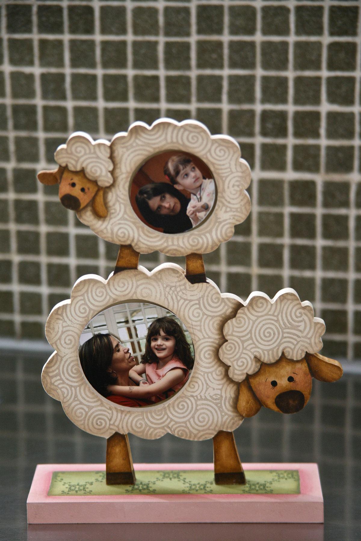 Porta retrato infantil em formato de ovelhas