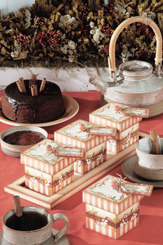 Caixinhas femininas para mesa de chá