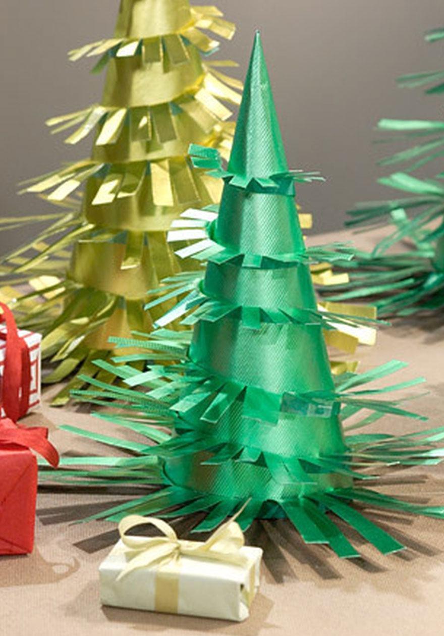 Árvore de cone com pontas recortadas