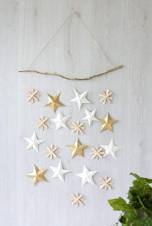 Estrelas douradas para colocar na parede