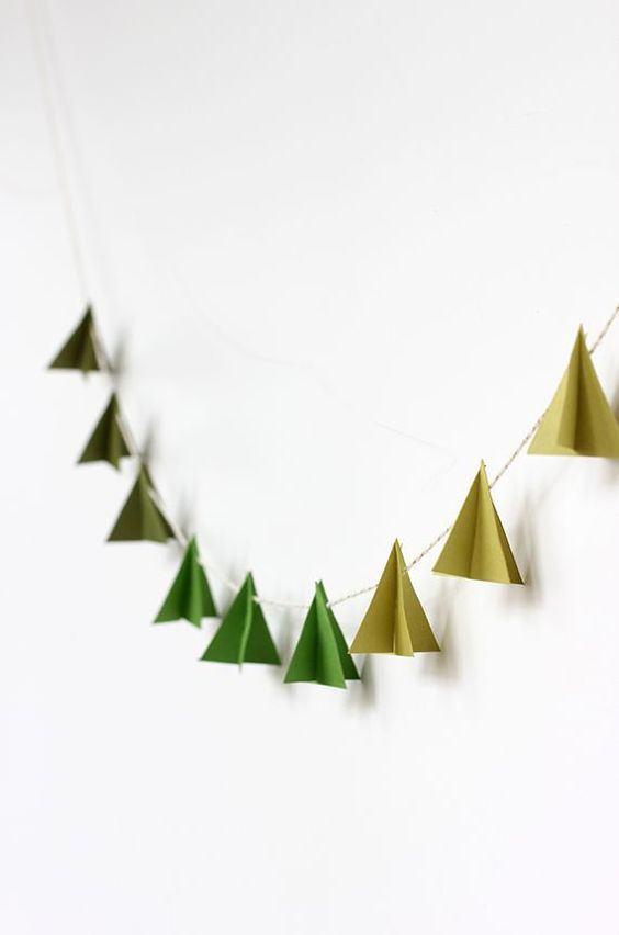 Decoração de Natal simples com pequenas dobraduras