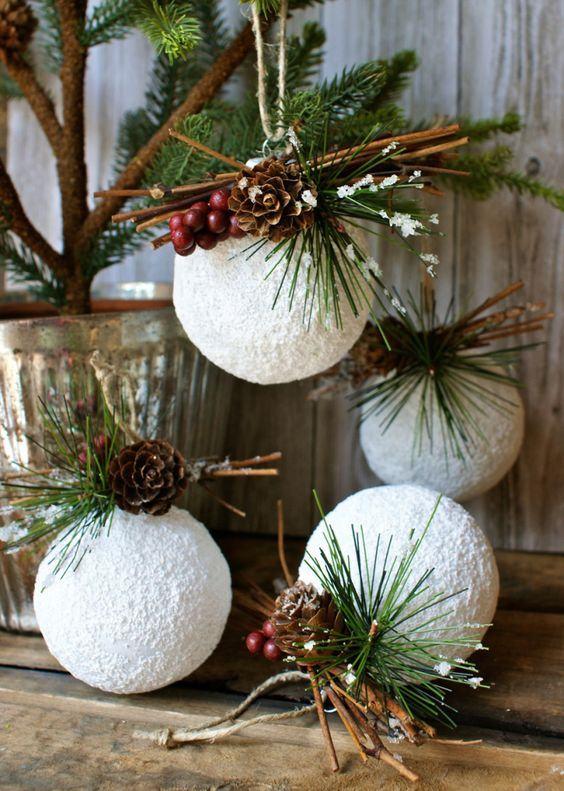 Bolas grandes de Natal