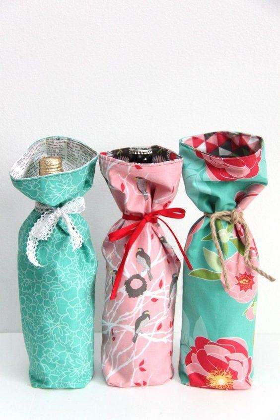 Embalagens de tecido coloridas para garrafas de vidro