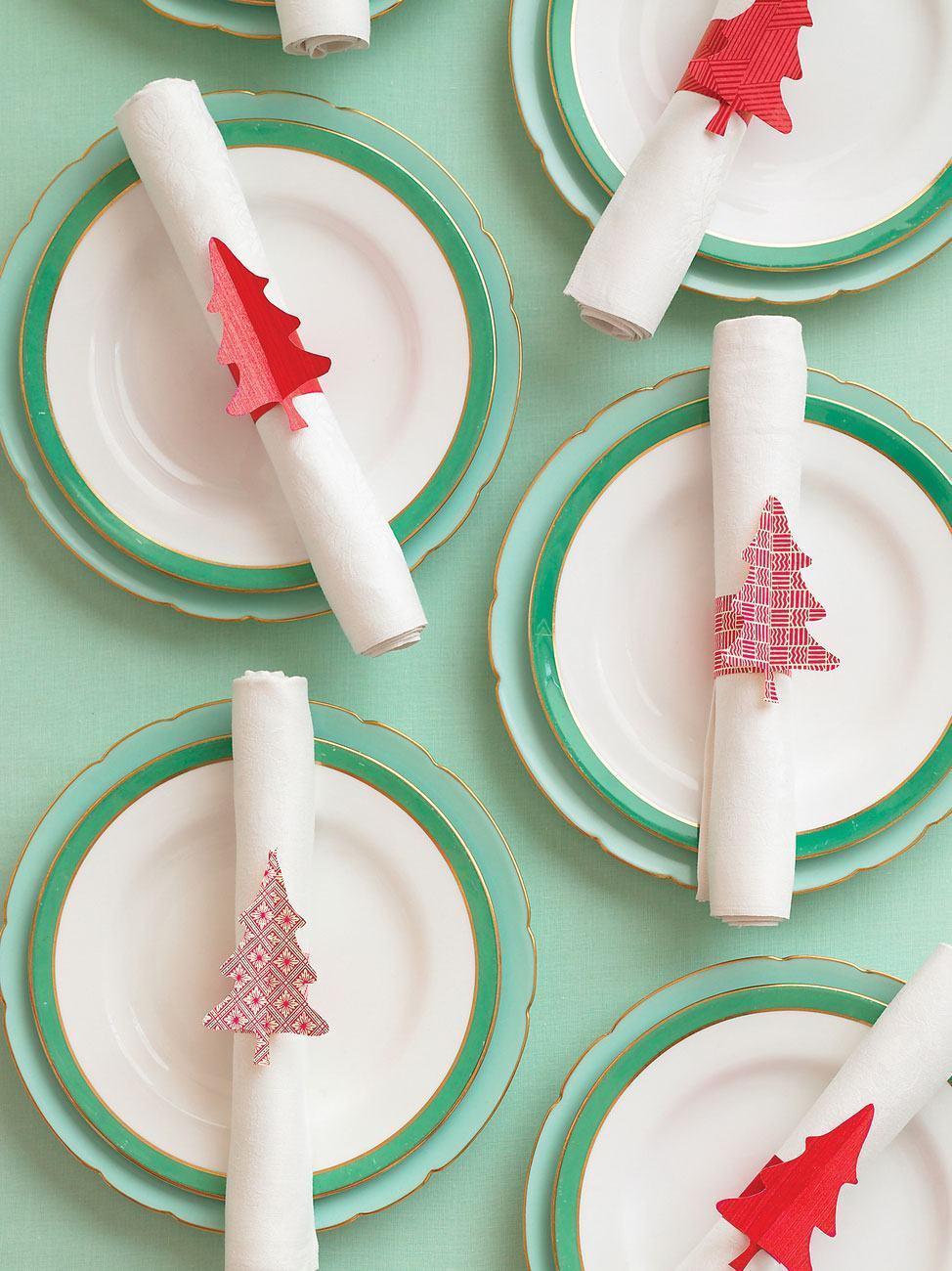 Porta guardanapos natalinos feitos com papel