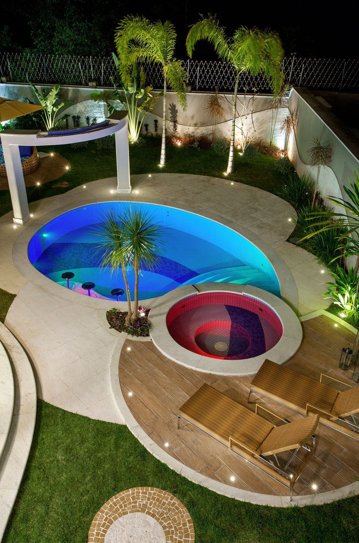 Casas com piscinas 60 modelos projetos e fotos for Modelos de piscinas para jardines pequenos