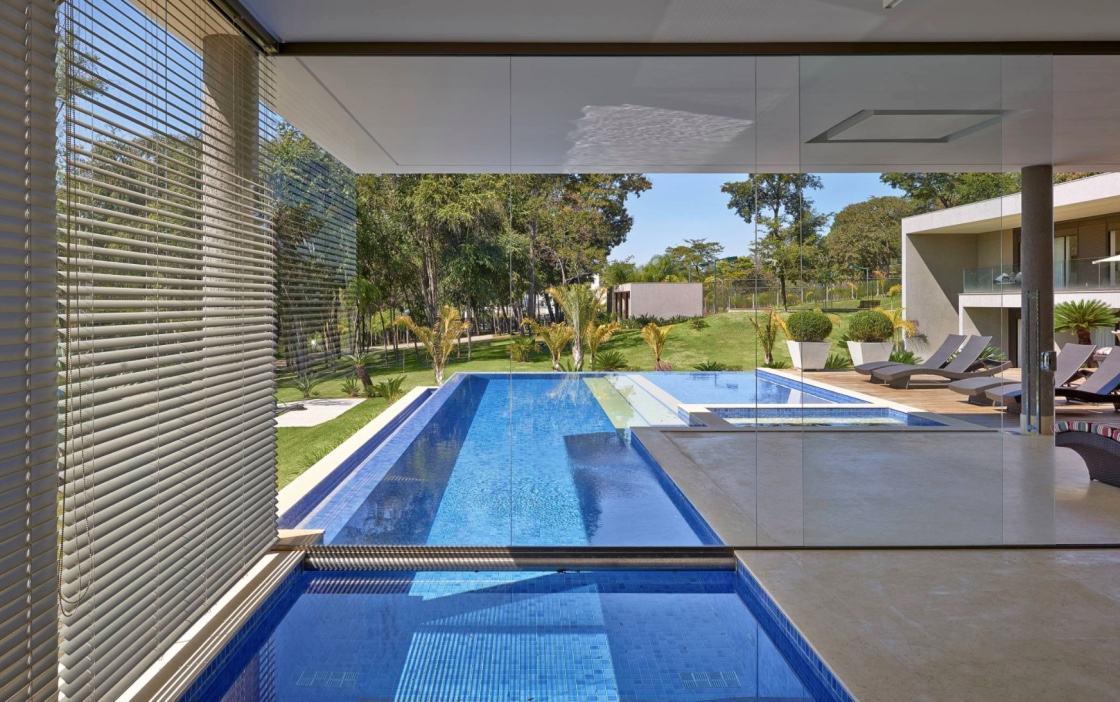 Casas com piscinas 60 modelos projetos e fotos for Fotos de piscinas modernas