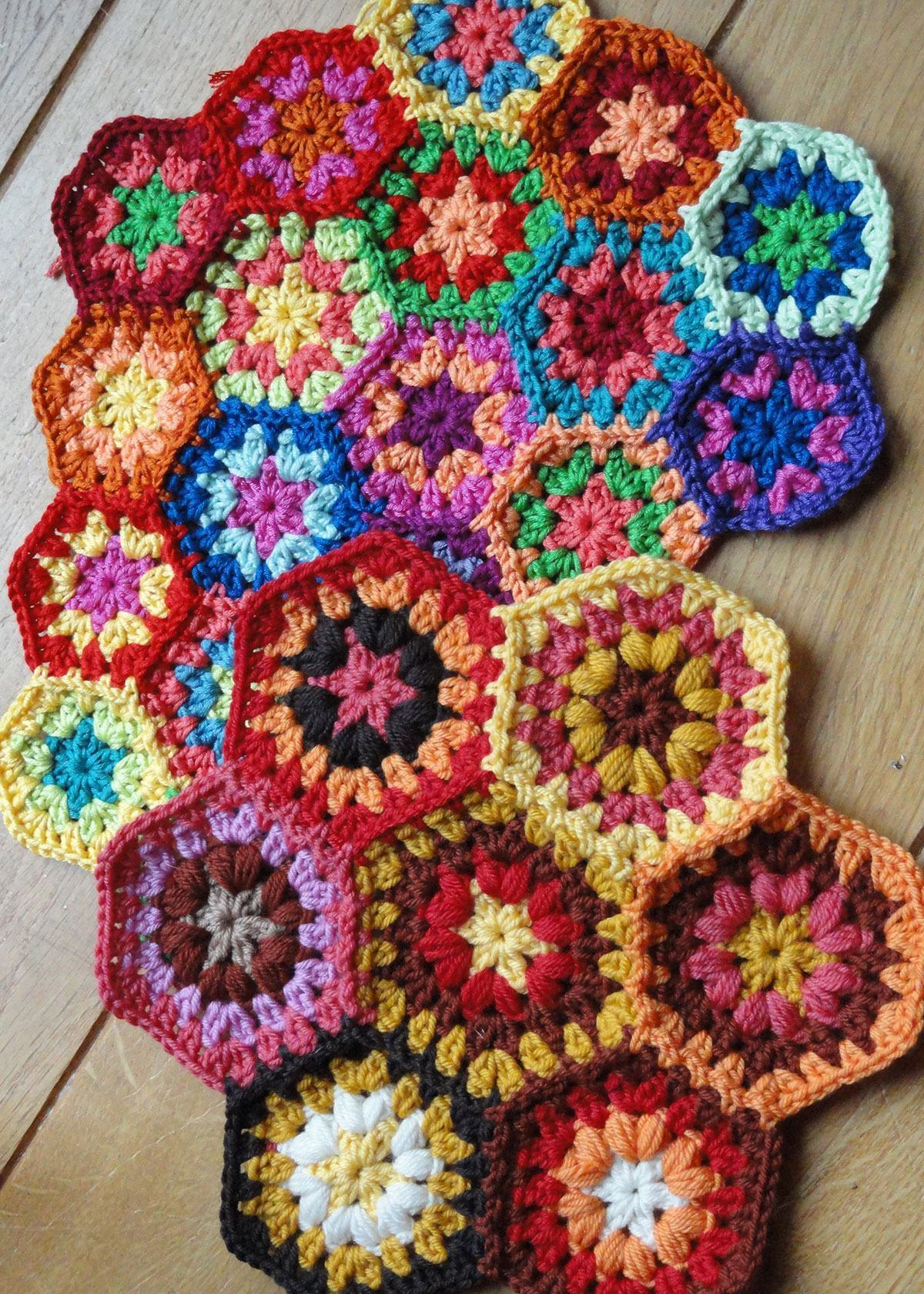 Flores hexagonais coloridas