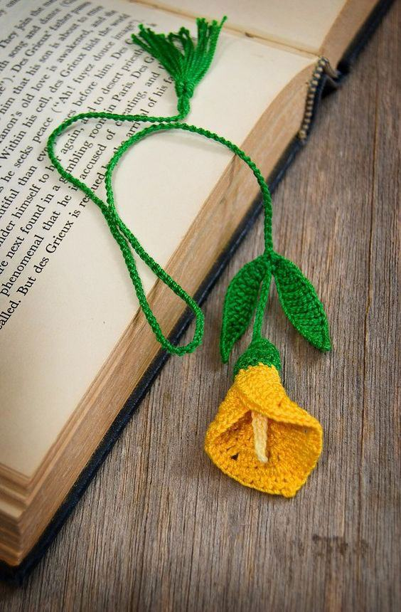 Marcador de livro de crochê