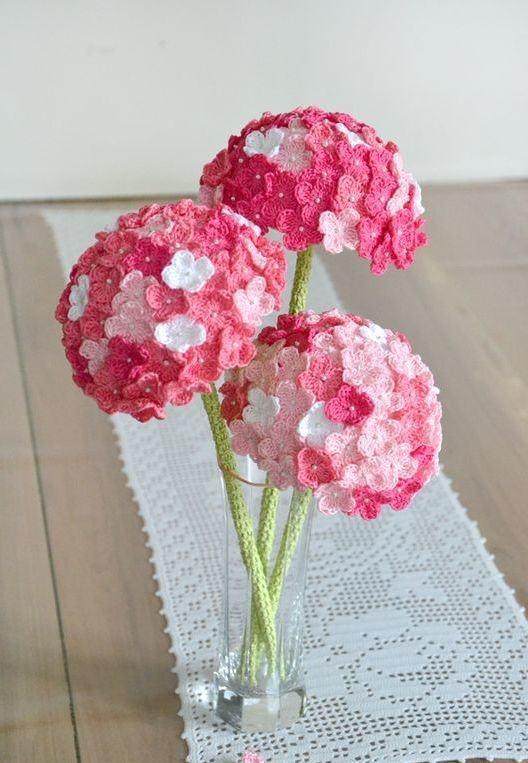 Flor complexa em crochê