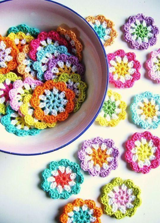 Diversas flores com 3 cores cada