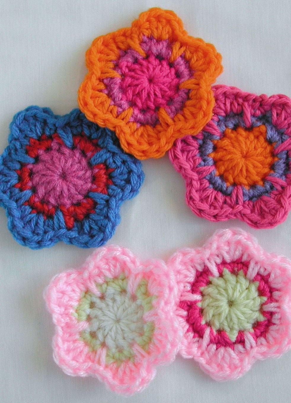 Exemplo de modelos de flores com 3 cores